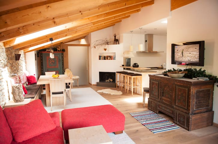 "The ski-in ski-out apartment ""Hase"" in Gerlos - Gerlos"
