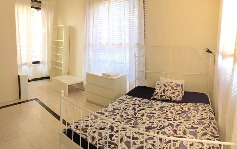 Tidy Room near Canadian University of Dubai