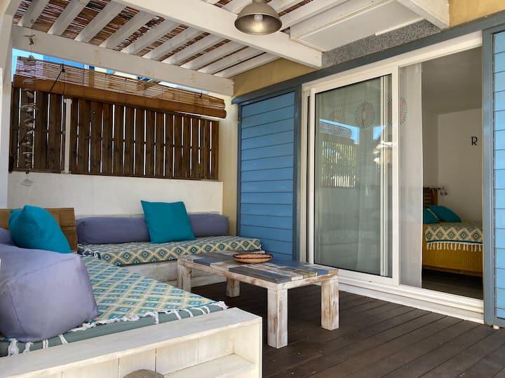 Studio bleu corail