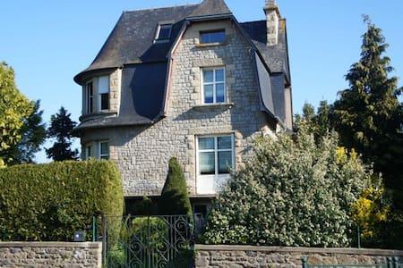 Belle villa Dinardaise - Dinard