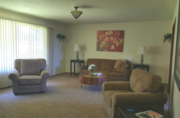 Overnight With Us 810 - 2 Bedroom 1 Bath