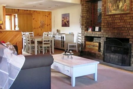 The Retreat on Matthew Pet Friendly - Batehaven