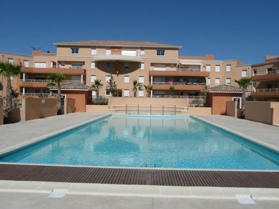 Appart 100m 3 chambres piscine chauff e plage for Chambre cinquante sept