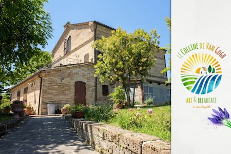 B&B Le Colline di Van Gogh - Santa Lucia - Bed & Breakfast