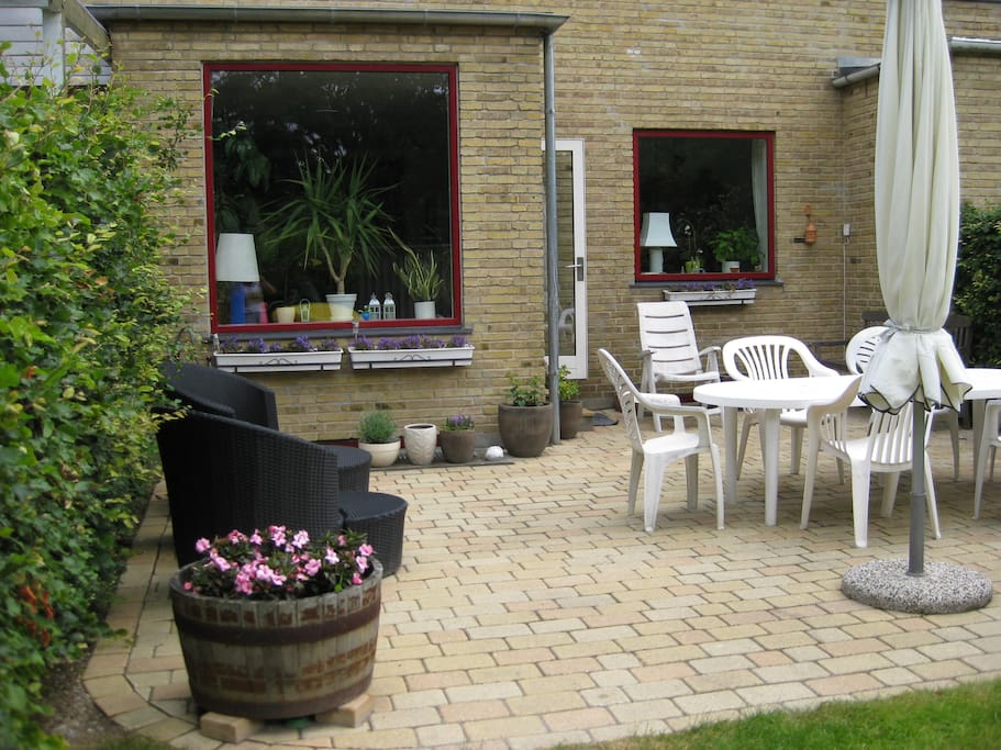 Terrace house houses for rent in r dovre denmark for Danish terrace