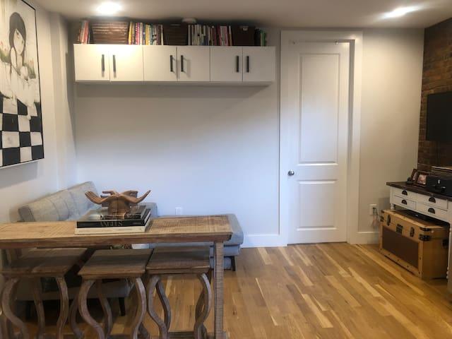 Cozy room in sunny BK apt