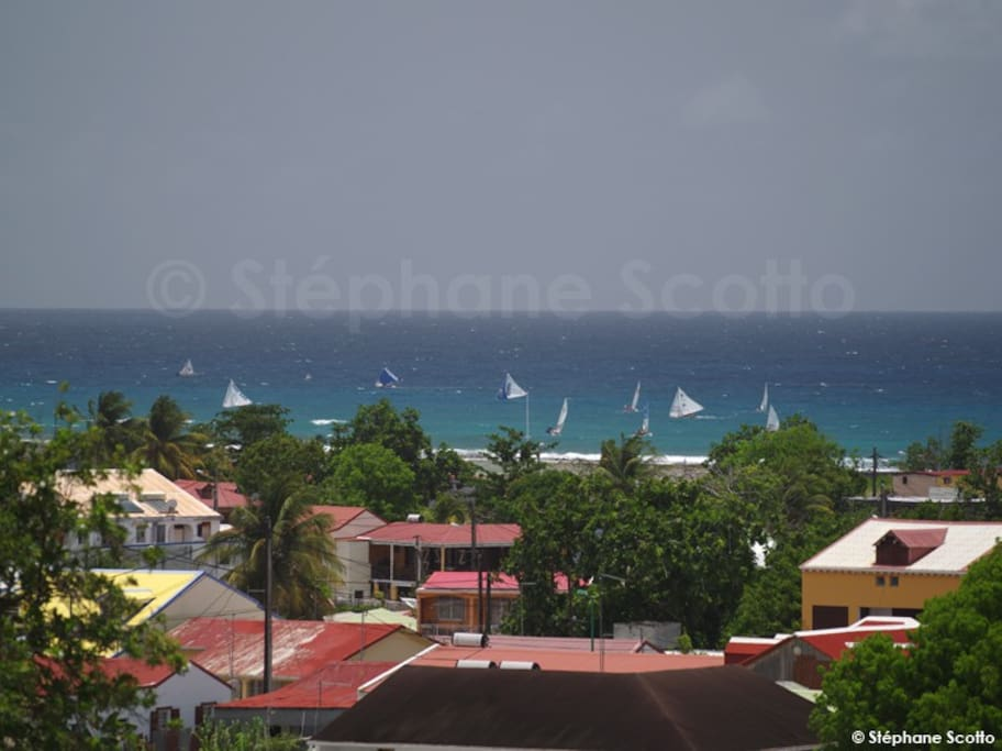 Studio vue mer centre ville flats for rent in saint - Piscine saint francois nice ...