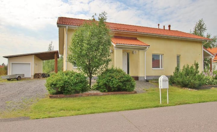Whole house from Oulunsalo (1-14 persons)