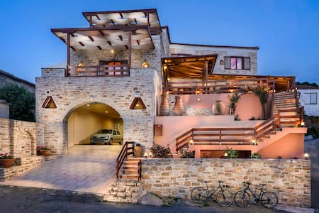 Luxury holiday villa on Crete - Mires - Rumah