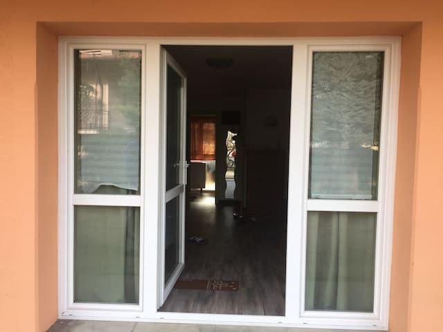 Bilocale accogliente e silenzioso - Villa Guardia - Apartment
