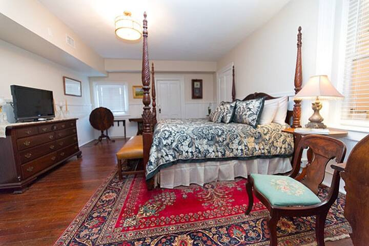 gwinnett suite bed breakfasts for rent in savannah
