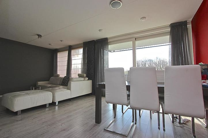 Affordable luxury 15 min to center - Amsterdam - Appartement
