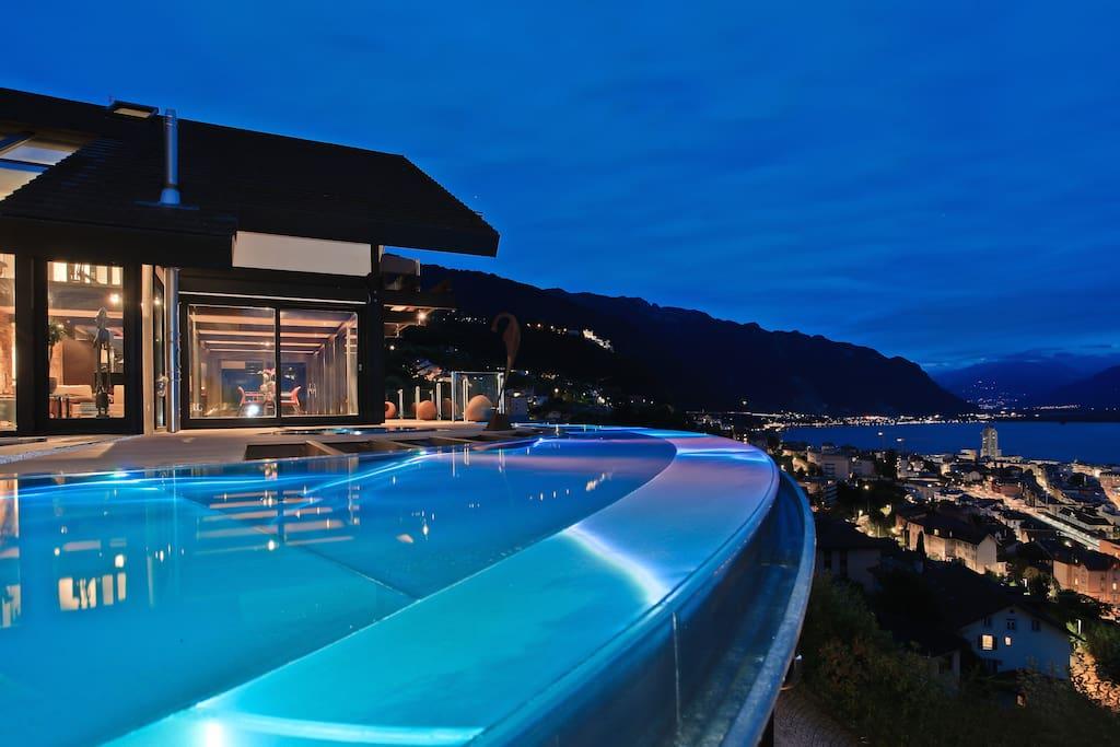 montreux deck villas for rent in montreux switzerland. Black Bedroom Furniture Sets. Home Design Ideas