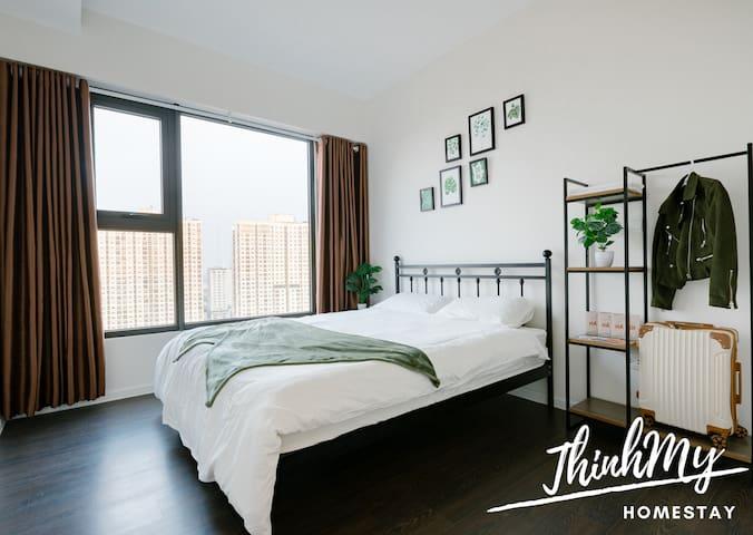 [ThinhMy home] Stunning panoramic Hanoi view room