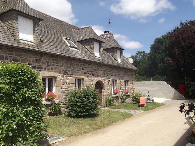 PORS AR GOFF - Trémel - House