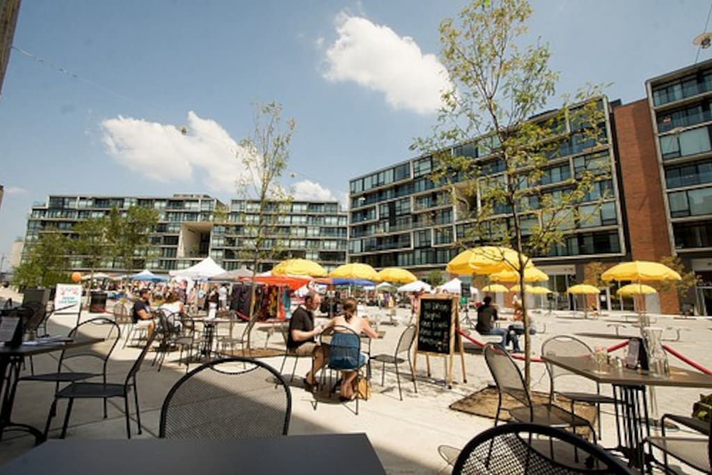 The piazza featuring restaurants, bars, food markets and more!
