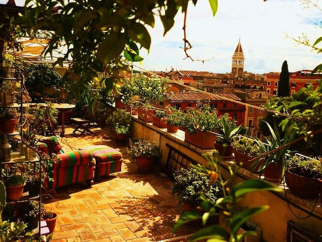 Roofgarden Rome, Termini Station - Rom - Wohnung