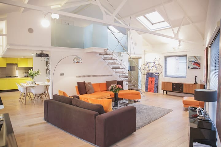 """Superb"" Large 2 Bed Loft - Brístol - Loft"