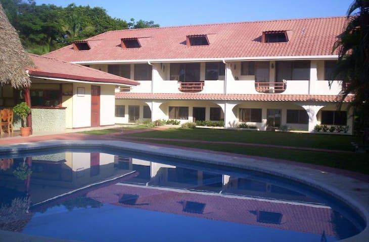 Casa Simba, Las Palmeras #10 - Sámara - Apto. en complejo residencial
