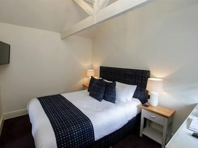 Small Double Room at The White Hart