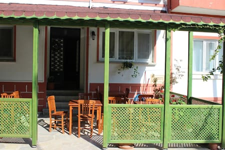 İMBAT PANSİYON - Tosya - Bed & Breakfast