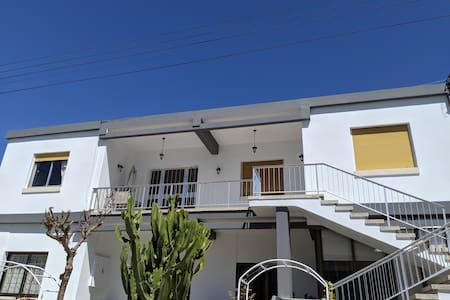 Whole House in quiet area in the city of Paphos