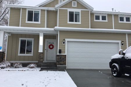 Beautiful family friendly home with HUGE yard! - American Fork - Ház