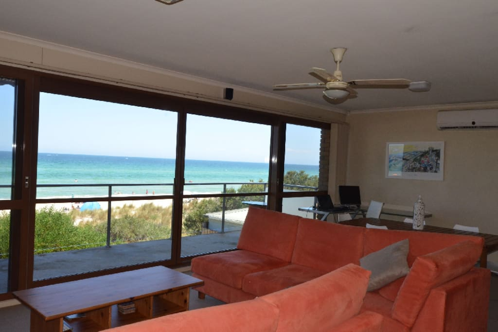 Million Dollar views from the open plan lounge dining kitchen and Balcony.