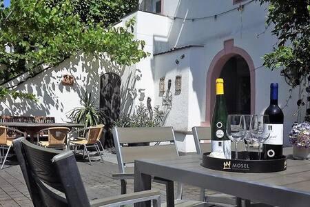 Urlaub und Wein in Neumagen