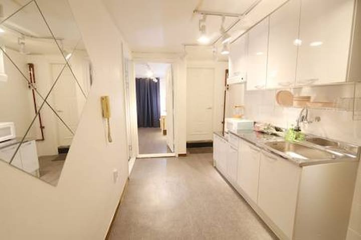 10★OZhouse★3min from hongdae station#private room