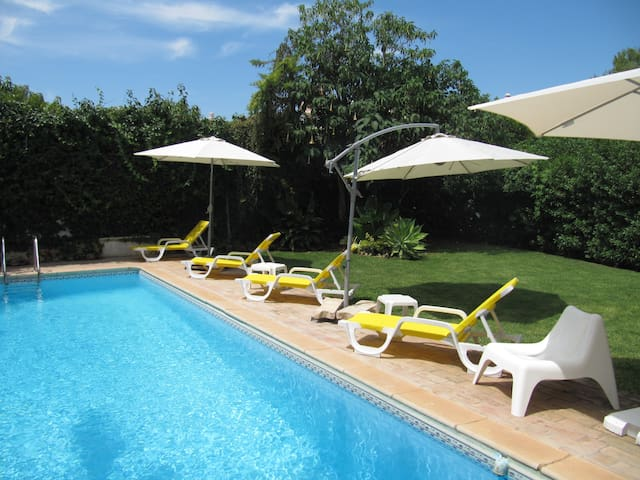 5 bedroom villa in Almancil, Algarve swm pool