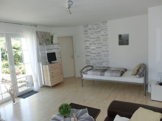 Haus Breidenbach - Breidenbach - Wohnung