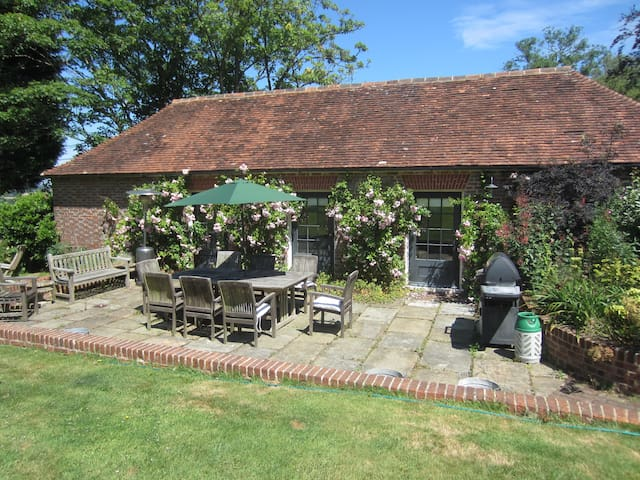 Newly converted stable block - Burwash - Daire