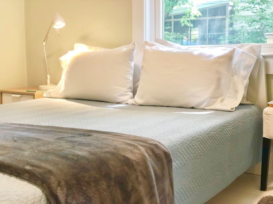 brand new queen size memory foam mattress and fresh clean linen