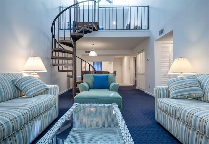 Lovely Condo, 5min walk to the Ocean, Plus Pools! - Myrtle Beach - Apto. en complejo residencial