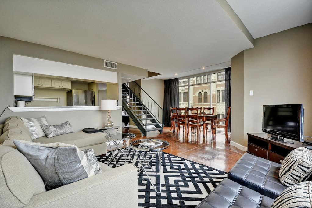 Downtown Loft 119 E 6th St B1 Apartments For Rent In