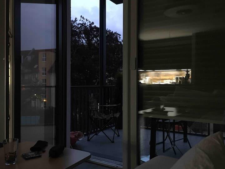 Einzelzimmer 13 qm mit Aufklappbett in Merheim
