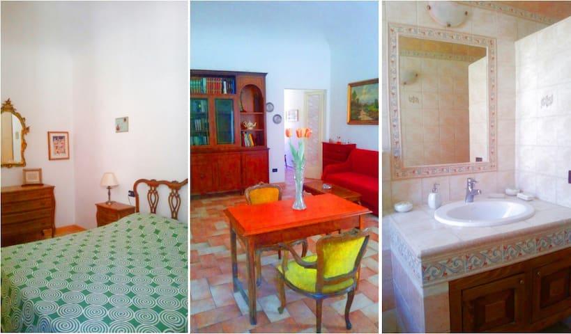 Intera Casa 70 m2 Centro Storico - Saludecio - Hus