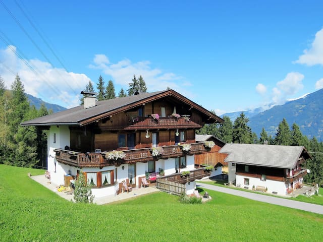 Apartment Haus Luxner for 6 persons in Kaltenbach