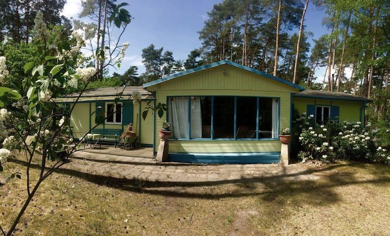 Liebenswertes Ferienhaus in Seenähe