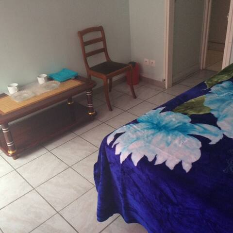 Chambre en appart privé calme (1) - Sarcelles - Apartament