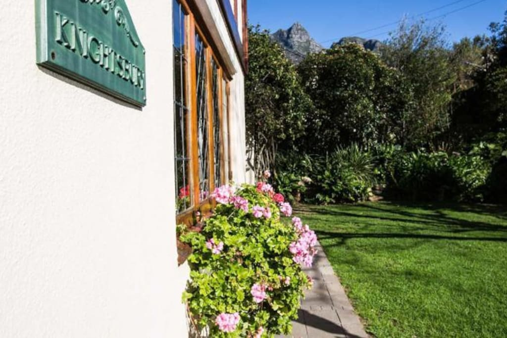 Knightsbury Guest House, Rondebosch, Cape Town