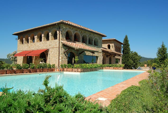 Villa Terralsole - 3 bedroom Vineyard Paradise - 蒙達奇諾(Montalcino)