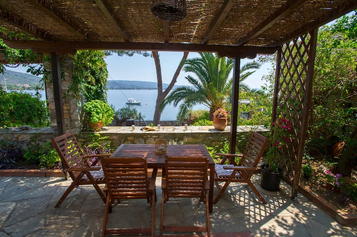 Natali's Villa by the sea