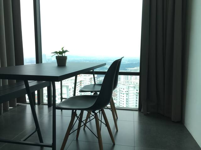 *BLACK PANDA Studio* @ 100mbps Wifi - Petaling Jaya - Apartment