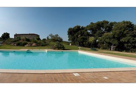 Camera doppia con bagno privato - Sassetta