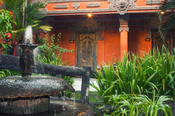 Aufenthalt in balinesischer Dorf Atmosphäre