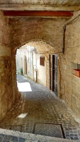 Tra Mare e Montagna - Lenola - Lägenhet