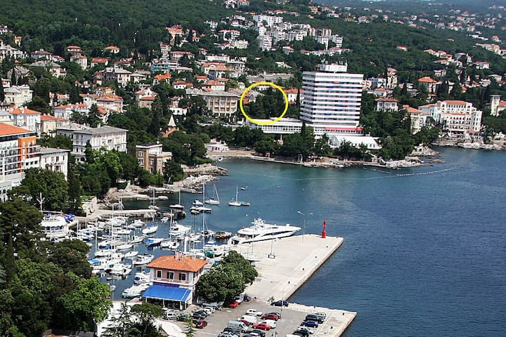 Center near the beach - Opatija - Hus