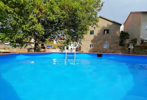 Casa Rural com Piscina - Cantinho D'Aldeia